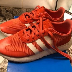 Adidas sz 9 women's running shoes
